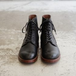 MOTO PLAN TOE LACE UP BOOTS